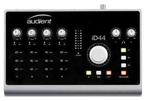 AUDIENT iD44 USB 20in/24out Audio rozhranie